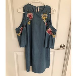 Zara embroidered denim dress XS